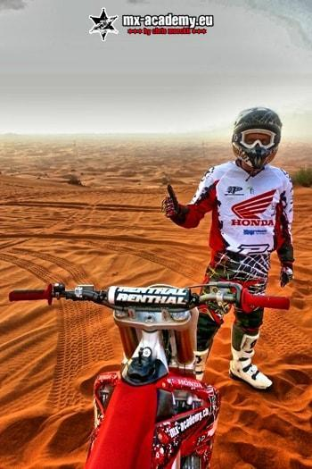 Dirt-Bike Dubai Desert ride