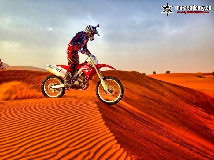 Dirt-Bike Dubai Desert