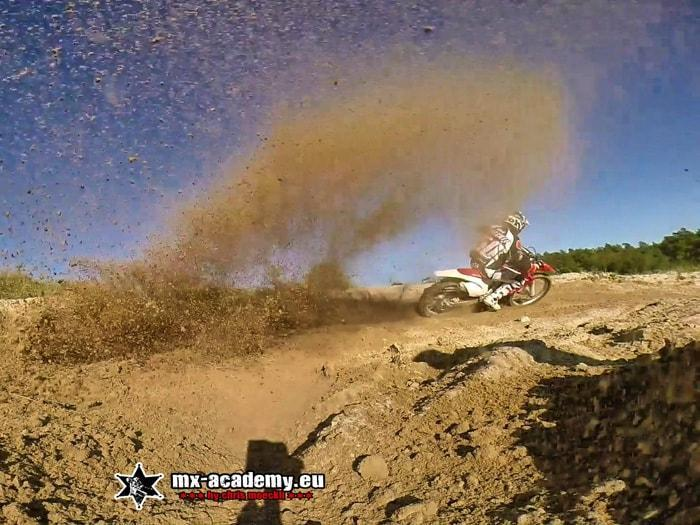 Motocross Training im Sand